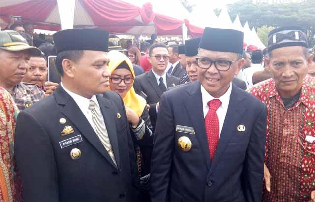 Wakil Bupati Luwu Syukur Bijak dan Gubernur Sulsel saat menghadiri pelantikan Bupati dan Wakil Bubati Pinrang