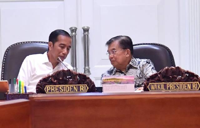 Presiden Joko Widodo atau Jokowi dan Wapres Jusuf Kalla. (Twitter/KemensetnegRI)