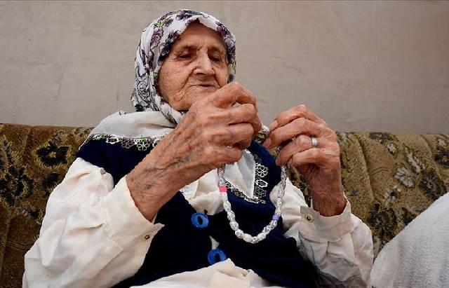 Fata Husic, perempuan yang diklaim berusia 111 tahun dan tetap berpuasa sebulan penuh selama 104 tahun. (Foto: Anadolu Agency)