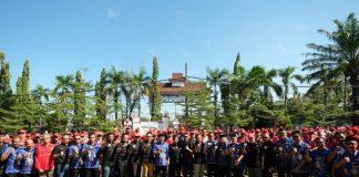 Pelepasan ratusan mahasiswa KKN Unhas dilakukan langsung oleh Wakil Bupati Gowa, Abd Rauf Malaganni didampingi sejumlah pimpinan SKPD lingkup Pemkab Gowa serta camat, lurah dan kepala desa. (Berita.news/ACP).