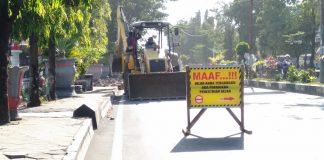 Tampak pengerjaan pedestrian mulai dilakukan Pemerintah Kabupaten Gowa disejumlah ruas jalan. (Berita.news/ACP).