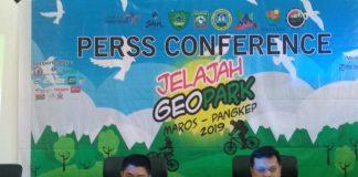 Sekretaris Disbudpar Sulsel Kemal Redindo Putra Syahrul dan GM Jelajah Geopark Dedi Irfan Bahdi. (Berita.news/KH).
