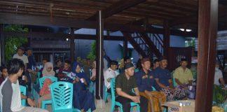 Suasana Buka Bersama Pengurus dan Anggota Persatuan Pelajar Mahasiswa Desa Paria ( PPMP )