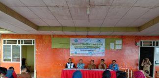 Suasana pertemuan di desa Pa'bumbungang, Kecamatan Eremerasa, Senin (17/6/2019).(Berita.news/fitriani Aulia Rizka