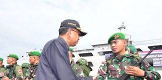Gubernur Sulsel Nurdin Abdullah lepas pasukan perbatasan Indonesia di Papua. (Berita.news/KH).