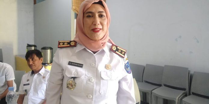 Kepala UPT Pendapatan Wilayah Takalar, Hj. Zainab Saleh. (Berita.news/Abdul Kadir).
