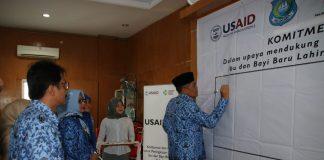 Bupati Bulukumba menandatangani komitmen bersama mendukung penurunan jumlah kematian ibu dan bayi lahir di Kabupaten Bulukumba. (Berita.news/IL).