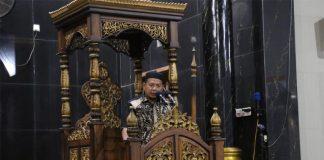 Pj Wali Kota Makassar Iqbal Suhaeb saat memberikan sambutan di masjid Babussalam, jln. Babussalam I No 10, Kecamatan Panakukang, Jumat (16/8/2019).