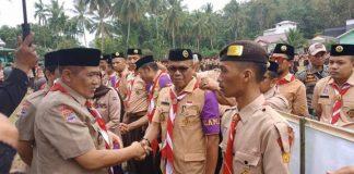 """AM Sukri Sappewali Di Perkemahan Pramuka Melantik """"Bupati"""" dan Jajarannya. (BERITA.NEWS/IL)."""