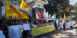 Mahasiswa Demonstrasi Tolak Rasisme Kepada Masyarakat Papua. (BERITA.NEWS/KH).