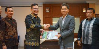 Penandatanganan MOU Disdik Sulsel dan Rektor UIN Alauddin Makassar. (BERITA.NEWS/KH).