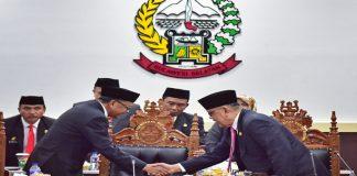 Gubernur Sulsel Nurdin Abdullah bersama ketua DPRD Sulsel M.Roem. (BERITA.NEWS/KH).
