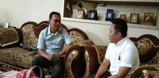 Direktur kopel (pake kecamata) dialog bersama ketua DPRD Bulukumba.