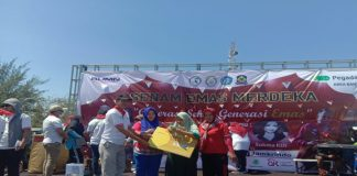Acara Senam Emas Merdeka di Lapangan Pastur Kabupaten Jeneponto. (BERITA.NEWS/Muhammad Ilham).