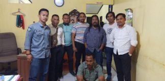 Anggota Polisi di Jeneponto amankan diduga pelaku pengancaman. (BERITA.NEWS/Muhammad Ilham).