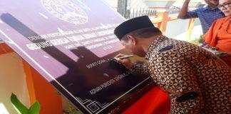 Wakil Bupati Gowa, Abd Rauf Malaganni saat meresmikan Gereja Toraja Lakipadada. (BERITA.NEWS/ACP).