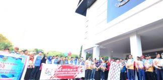 Gubernur dan Wakil Gubernur Sulsel lepas peserta jalan sehat Dies Natalis Unhas. (BERITA.NEWS/KH).