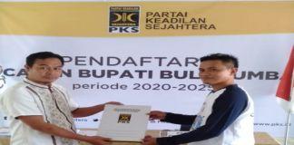 Pemuda Herlang mewakili Syamsuddin Alimsyah Daftarkan di kantor PKS. (BERITA.NEWS/IL).