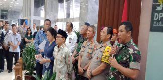 Jumpa pers: Ketua DPR bersama anggota MPR, dan TNI- Polri, Bin saat jumpa pers di gedung DPR RI (BERITA.NEWS/Muhammad Srahlin)