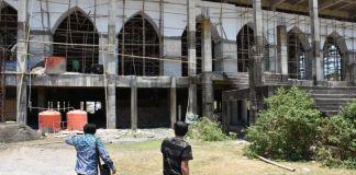 Anggota Komisi III saat tinjau lokasi pembangunan masjid islamic Center. (BERITA.NEWS/Muhammad Aswin).