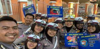 Foto bersama Satlantas Polres Pinrang. (BERITA.NEWS/Zakaria).