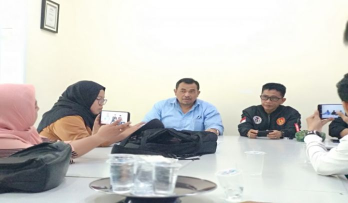 Forum Nasional Bihineka Tunggal Ika Sulsel (Bastian Lubis dan Fajar Rahmat Husaini).