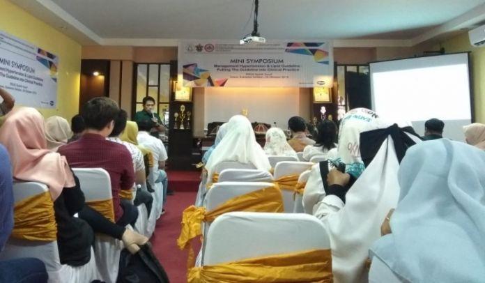 Suasana Symposium di ruang peremuan RSUD Syekh Yusuf yang diikuti 70 dokter umum se Kabupaten Gowa. (BERITA.NEWS/Putri).