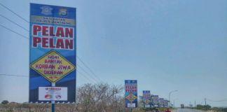 Papan Himbauan yang terpasang sepanjang jalan di wilayah pa'jukukang. (BERITA.NEWS/Saharuddin).
