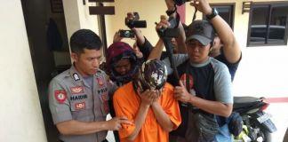 Pelaku pemasangan kamera di wc umum lampu UIN Makassar. (BERITA.NEWS/Putri).