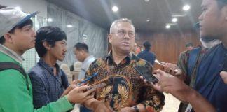 Ketua KPU, Arif Budiman usai bertemu dengan komisi II DPR RI. (BERITA.NEWS/LIN)