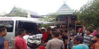 Suasana rumah duka almarhum Syamsuddin Daeng Sewang di Dusun Alla-alla, Desa Borong Lamu, Kecamatan Arungkeke, Jeneponto. (BERITA.NEWS/Muh Ilham).