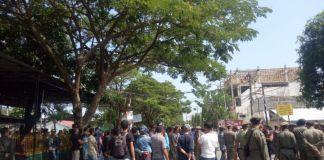 Penertiban ekspedisi gudang dalam kota di kecamatan Tallo, Kota Makassar. (BERITA.NEWS/Ratih Sardianti Rosi).