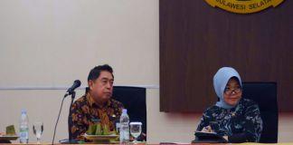 Sekda Sulsel Abdul Hayat Gani dan Kepala Biro Pengadaan barang dan aset daerah Nurlina. (BERITA.NEWS/Andi Khaerul).