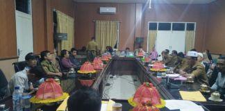 Suasana rapat dengar pendapat di ruang rapat Komisi I DPRD Kabupaten Jeneponto. (BERITA.NEWS/Muh Ilham).