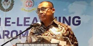 Direktur Poltekpel Barombong Makassar Capt. Sugiyono.