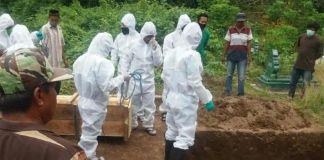 Pemakaman PDP Corona di Kabupaten Gowa. (Int)