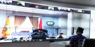 Bupati Gowa Adnan Purichta Ichsan saat memberikan sambutan pada Pencerahan Qalbu Jumat Ibadah Pemkab Gowa, melalui telekonferensi. (Foto: berita.news/Putri).