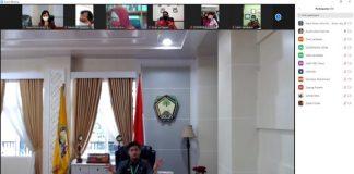 Bupati Gowa, Adnan Purichta Ichsan saat memimpin rapat teleconference. (Foto: berita.news/Putri).