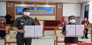 Penyerahan dan penandatanganan berita acara serah terima LHP LKPD TA 2019 Kabupaten Gowa. (Foto: berita.news/Putri).
