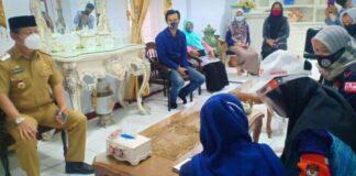 KPU Gowa melakukan pencoklitan di Rumah Jabatan Wakil Bupati Gowa. (Foto: berita.news/Putri).