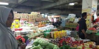 Pelaku usaha di Pasar Induk Minasa Maupa, Gowa. (Foto: berita.news/Putri).