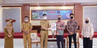 Peetemuan Briton Engliah Esucation saat menemui Bupati Gowa, Adnan Purichta Ichsan. (Foto: berita.news/Putri).