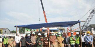 Peletakan batu pertama Kantor Pengadilan Sungguminasa, Kabupaten Gowa dihadiri Pjs Bupati Gowa, Andi Aslam Patonangi. (Foto: berita.news/Putri).