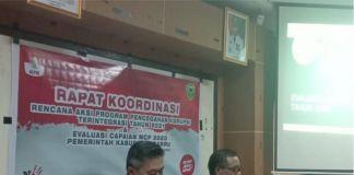 Sekda Barru, Abustan saat memaparkan pencapaian di dalam rapat kordinasi tersebut.
